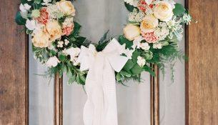 diy-wedding-wreath-ideas